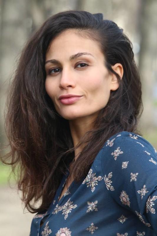 sarah lazaar - trilingual actress - model